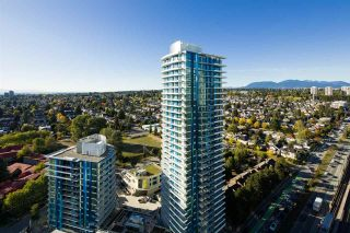 "Photo 12: 2704 488 SW MARINE Drive in Vancouver: Marpole Condo for sale in ""MARINE GATEWAY"" (Vancouver West)  : MLS®# R2211706"