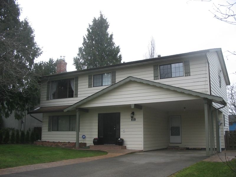 Lovely home in a lovely area.  Quiet street in family friendly neighborhood.