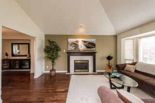 Photo 4: 16815 61 Avenue in Surrey: Cloverdale BC House for sale (Cloverdale)  : MLS®# R2263335