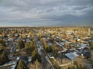Photo 29: 611 WOODSWORTH Road SE in Calgary: Willow Park Detached for sale : MLS®# C4216444