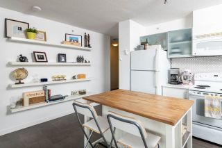 Photo 6: 902 66 W CORDOVA STREET in Vancouver: Downtown VW Condo for sale (Vancouver West)  : MLS®# R2310428