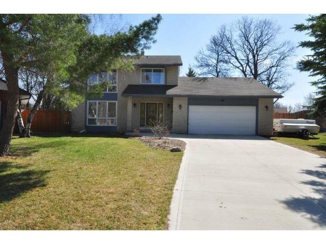Main Photo: 59 Waterhouse Bay in WINNIPEG: Charleswood Residential for sale (South Winnipeg)  : MLS®# 1206052