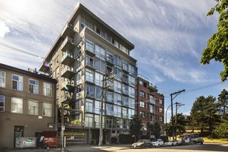"""Photo 20: 207 919 STATION Street in Vancouver: Mount Pleasant VE Condo for sale in """"Left Bank"""" (Vancouver East)  : MLS®# R2275486"""