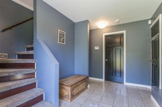 Photo 2: 7898 THRASHER Street in Mission: Mission BC House for sale : MLS®# R2268941