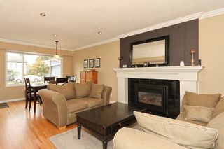 "Photo 7: 1708 DUNCAN Drive in Tsawwassen: Beach Grove House for sale in ""BEACH GROVE"" : MLS®# V868678"