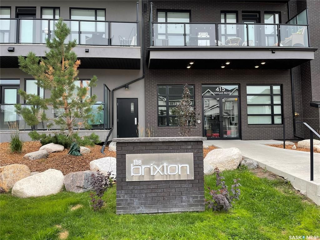 Main Photo: 220 415 Maningas Bend in Saskatoon: Evergreen Residential for sale : MLS®# SK869791