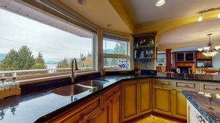 "Photo 6: 5827 DEERHORN Drive in Sechelt: Sechelt District House for sale in ""Sandy Hook"" (Sunshine Coast)  : MLS®# R2552928"