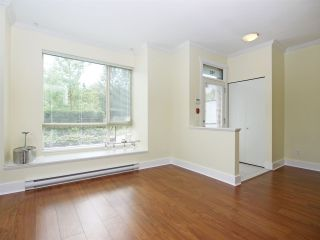 Photo 4: 102 7418 BYRNEPARK WALK in Burnaby: South Slope Condo for sale (Burnaby South)  : MLS®# R2072902