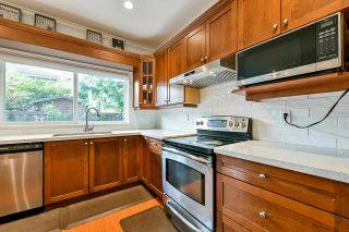 "Photo 3: 25 8717 159 Street in Surrey: Fleetwood Tynehead 1/2 Duplex for sale in ""Springfield Gardens"" : MLS®# R2577958"
