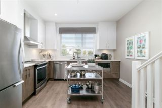 """Photo 9: 15 20857 77A Avenue in Langley: Willoughby Heights Townhouse for sale in """"WEXLEY"""" : MLS®# R2407888"""