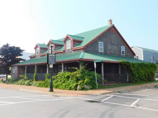 Photo 4: 50 Caladh Avenue in Pictou: 108-Rural Pictou County Commercial  (Northern Region)  : MLS®# 202100934