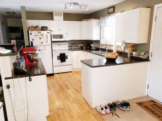 Photo 4: 2273 ROYAL Crescent in Prince George: South Fort George House for sale (PG City Central (Zone 72))  : MLS®# R2440098