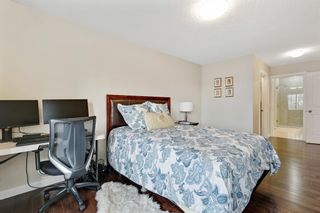 Photo 22: 32 Sierra Morena Way SW in Calgary: Signal Hill Semi Detached for sale : MLS®# A1091813