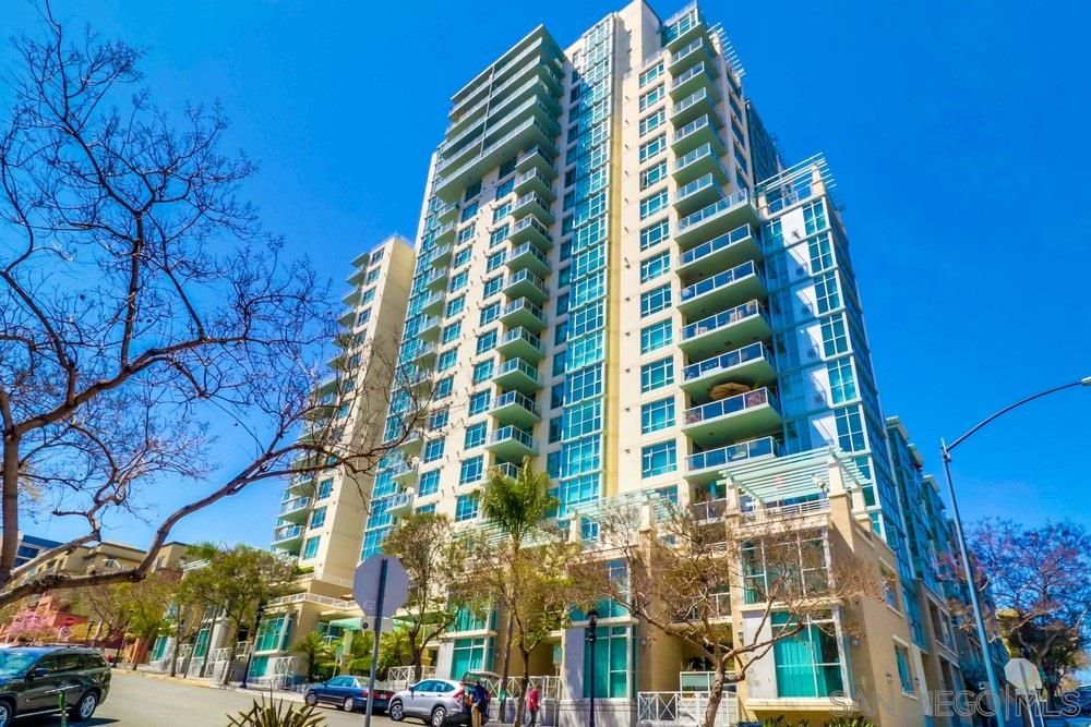 Main Photo: DOWNTOWN Condo for sale : 2 bedrooms : 850 Beech St #1504 in San Diego