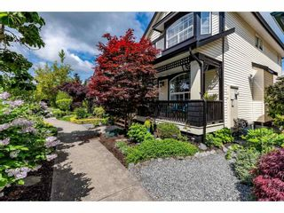 """Photo 2: 18461 67A Avenue in Surrey: Cloverdale BC House for sale in """"Heartland"""" (Cloverdale)  : MLS®# R2456521"""