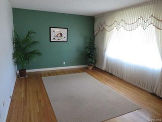 Photo 2: 1083 Nairn Avenue in Winnipeg: East Elmwood Residential for sale (3B)  : MLS®# 1810533