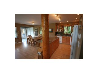 Photo 3: 7455 BEECHWOOD Street in Pemberton: Pemberton WH House for sale (Whistler)  : MLS®# V894506