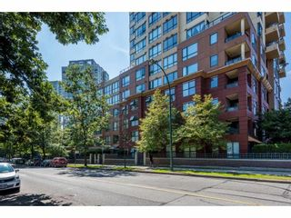 Photo 1: 213 3588 VANNESS Avenue in Vancouver: South Vancouver Condo for sale (Vancouver East)  : MLS®# R2301634