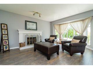 "Photo 3: 14293 89A Avenue in Surrey: Bear Creek Green Timbers House for sale in ""BEAR CREEK/GREEN TIMBERS"" : MLS®# R2175101"