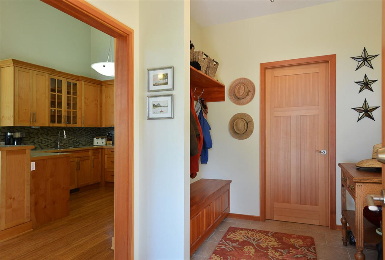 Photo 9: Photos: 505 MAPLE Street in Gibsons: Gibsons & Area House for sale (Sunshine Coast)  : MLS®# R2293109