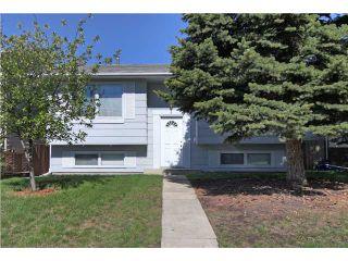 Main Photo: 59 SUNHURST Road SE in CALGARY: Sundance Residential Detached Single Family for sale (Calgary)  : MLS®# C3572145