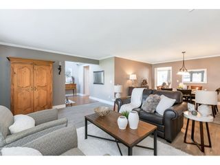 """Photo 5: 4553 217 Street in Langley: Murrayville House for sale in """"Murrayville"""" : MLS®# R2569555"""