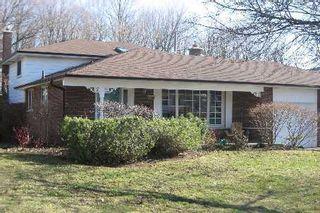 Photo 1: 19 Walkerton Drive in Markham: House (Backsplit 4) for sale (N11: LOCUST HIL)  : MLS®# N1360301