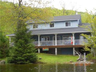 Main Photo:  in Dysart et al: House (2-Storey) for sale : MLS®# X3824144