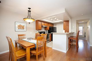 Photo 4: UNIVERSITY HEIGHTS Condo for sale : 2 bedrooms : 4666 MISSION AVE #5 in San Diego