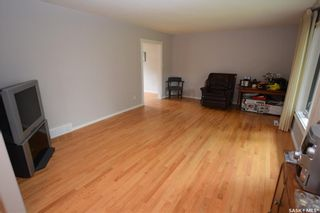 Photo 7: 413 112th Street West in Saskatoon: Sutherland Residential for sale : MLS®# SK864508