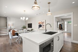 """Photo 5: 5860 ALMA Street in Vancouver: Southlands Townhouse for sale in """"ALMA HOUSE"""" (Vancouver West)  : MLS®# R2624433"""