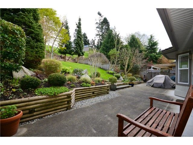 """Photo 18: Photos: 1648 SPYGLASS Crescent in Tsawwassen: Cliff Drive House for sale in """"Imperial Village"""" : MLS®# V1114197"""