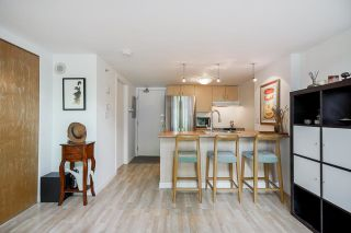 """Photo 15: 518 22 E CORDOVA Street in Vancouver: Downtown VE Condo for sale in """"Van Horne"""" (Vancouver East)  : MLS®# R2600370"""