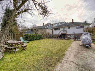 Photo 5: 3041 E 54TH Avenue in Vancouver: Killarney VE House for sale (Vancouver East)  : MLS®# R2548392