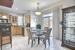 Photo 6: 34 Crestmont Drive SW in Calgary: Crestmont Detached for sale : MLS®# A1119055