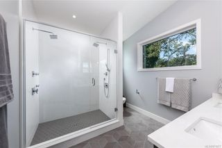 Photo 21: 909 Bank St in : Vi Fairfield East House for sale (Victoria)  : MLS®# 871077