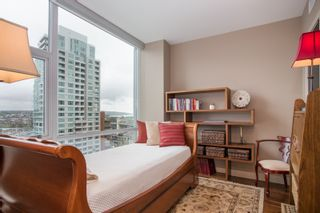 """Photo 12: 1504 1455 HOWE Street in Vancouver: Yaletown Condo for sale in """"POMARIA"""" (Vancouver West)  : MLS®# R2387626"""
