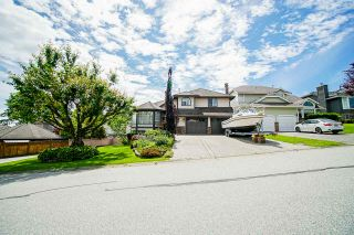 "Photo 1: 2336 KENSINGTON Crescent in Port Coquitlam: Citadel PQ House for sale in ""CITADEL"" : MLS®# R2460944"