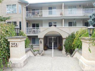 Photo 1: 202 251 Southeast 6 Street in Salmon Arm: MacIntosh Grove House for sale (SE Salmon Arm)  : MLS®# 10142354