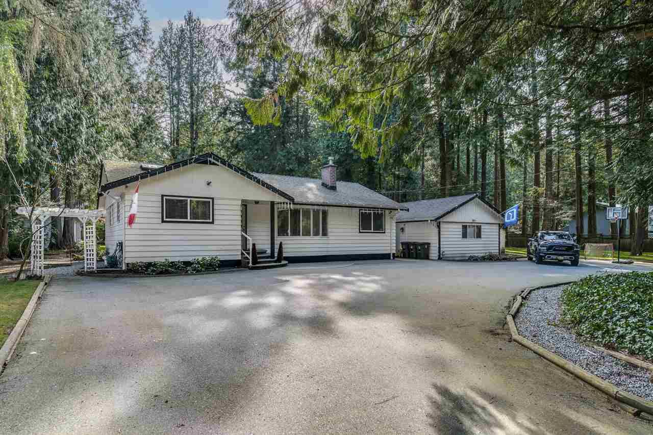 Main Photo: 14124 CRESCENT Road in Surrey: Elgin Chantrell House for sale (South Surrey White Rock)  : MLS®# R2552873