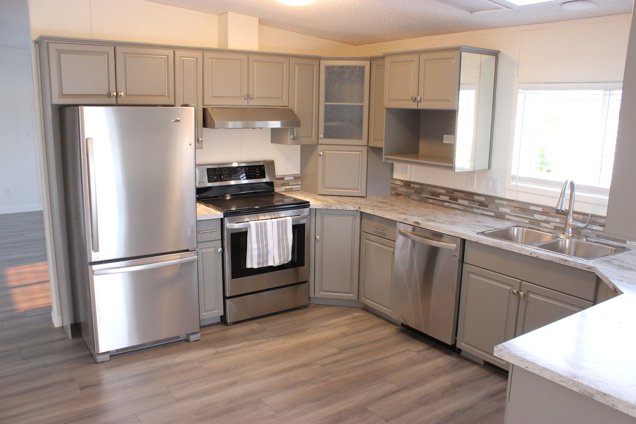 Photo 5: Photos: 22 3099 E Shuswap Road in Kamloops: South Thompson Valley Manufactured Home for sale : MLS®# 147827