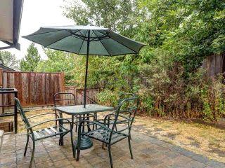 "Photo 17: 10 6838 BAKER Road in Delta: Sunshine Hills Woods Townhouse for sale in ""D'Anjou"" (N. Delta)  : MLS®# F1447085"