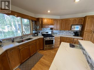 Photo 11: 6158 LAKESHORE DRIVE in Horse Lake: House for sale : MLS®# R2608482