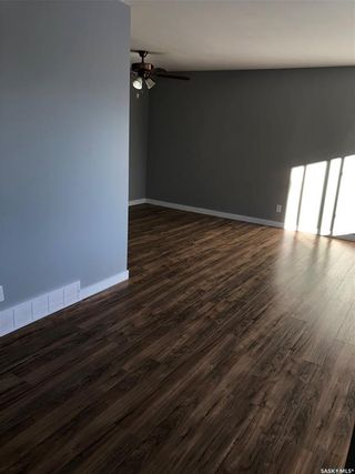 Photo 21: 437 W Avenue South in Saskatoon: Meadowgreen Residential for sale : MLS®# SK863498