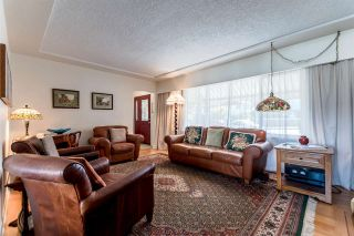 Photo 3: 905 KENT Street in New Westminster: The Heights NW House for sale : MLS®# R2202192