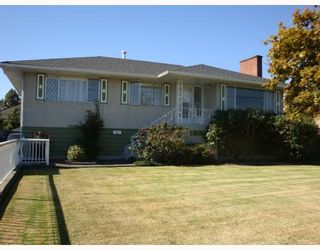 Photo 1: 10531 NO 2 Road in Richmond: Steveston North House for sale : MLS®# V785771