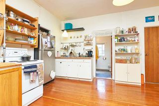 Photo 5: 2070 W 14TH Avenue in Vancouver: Kitsilano House for sale (Vancouver West)  : MLS®# R2618150