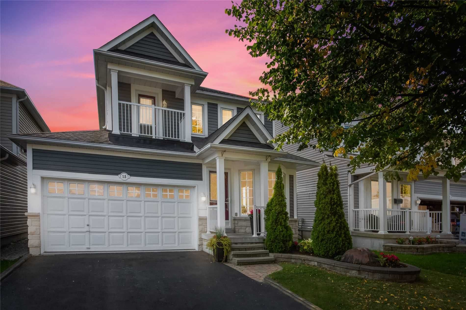 Main Photo: 15 Rosemeadow Crescent in Clarington: Newcastle House (2-Storey) for sale : MLS®# E4924958