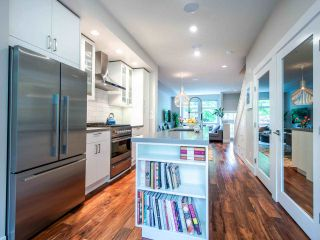 """Photo 16: 507 E 7TH Avenue in Vancouver: Mount Pleasant VE Townhouse for sale in """"Vantage"""" (Vancouver East)  : MLS®# R2472829"""