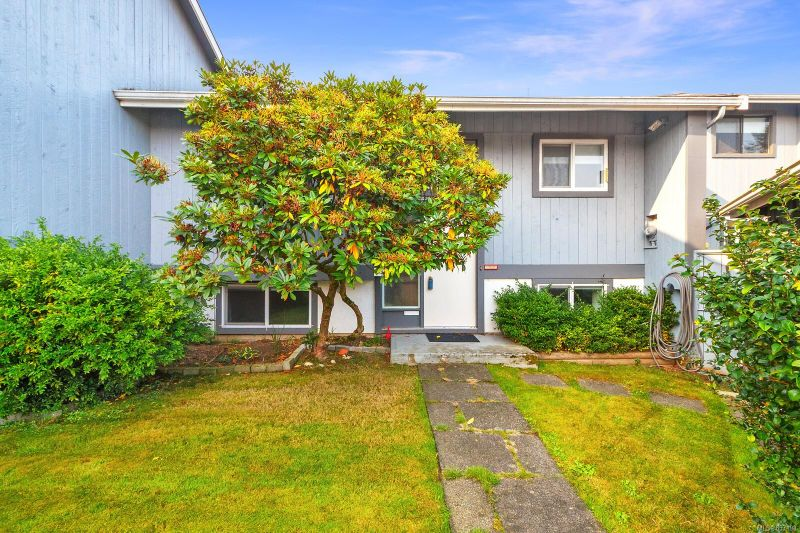 FEATURED LISTING: 14 - 4391 Torquay Dr